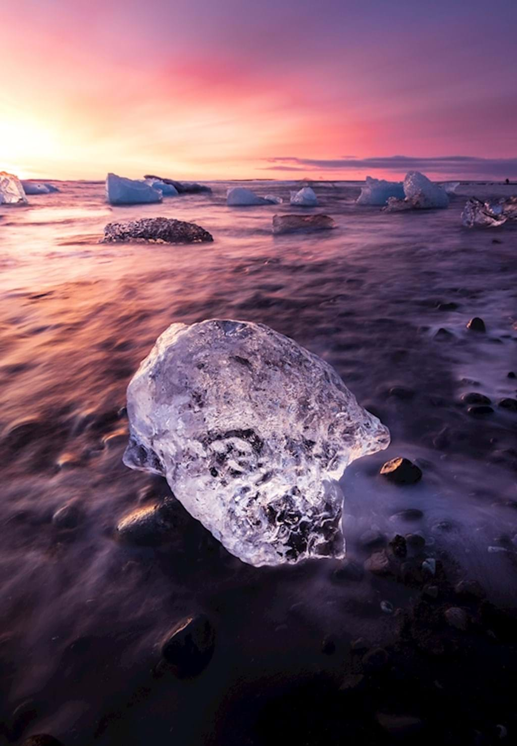 Poster: Icy sunrise in Iceland - Nature