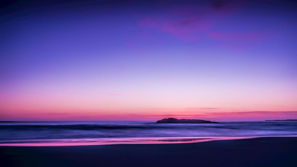 Poster: Purple and blue ocean view - Nature