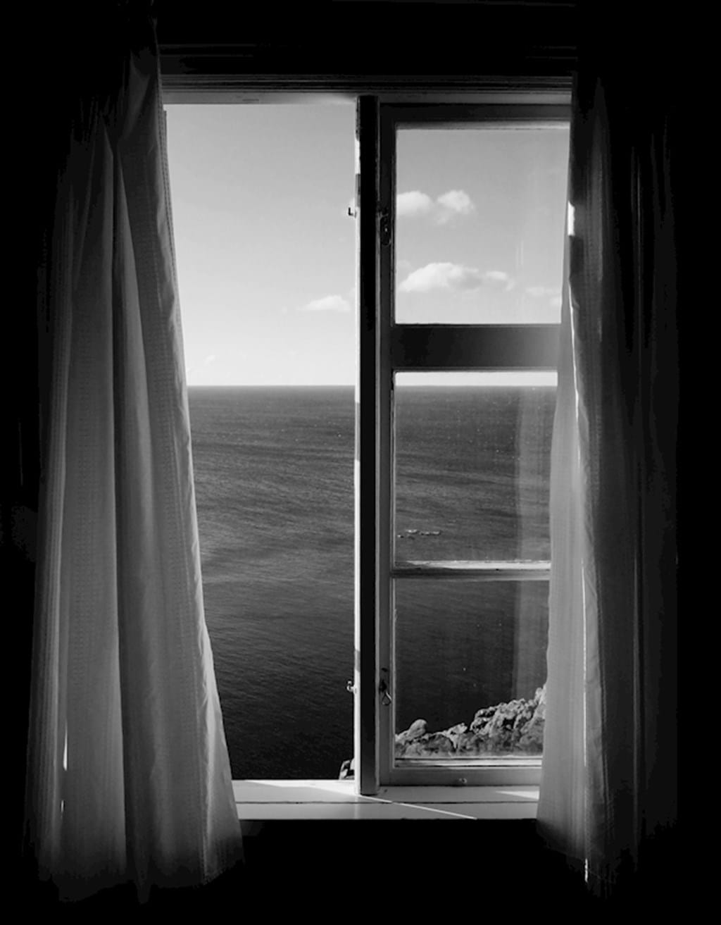 Poster: lighthouse keepers window - Places & Cities