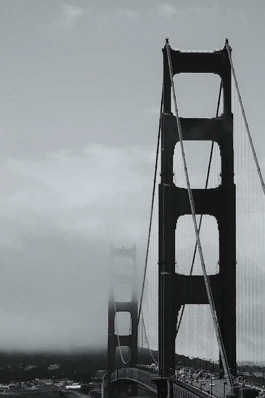 Golden Gate in fog poster av Lena Andersson