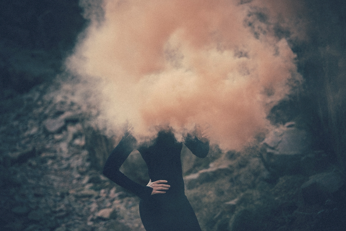 Hidden in smoke poster av Lena Evertsson