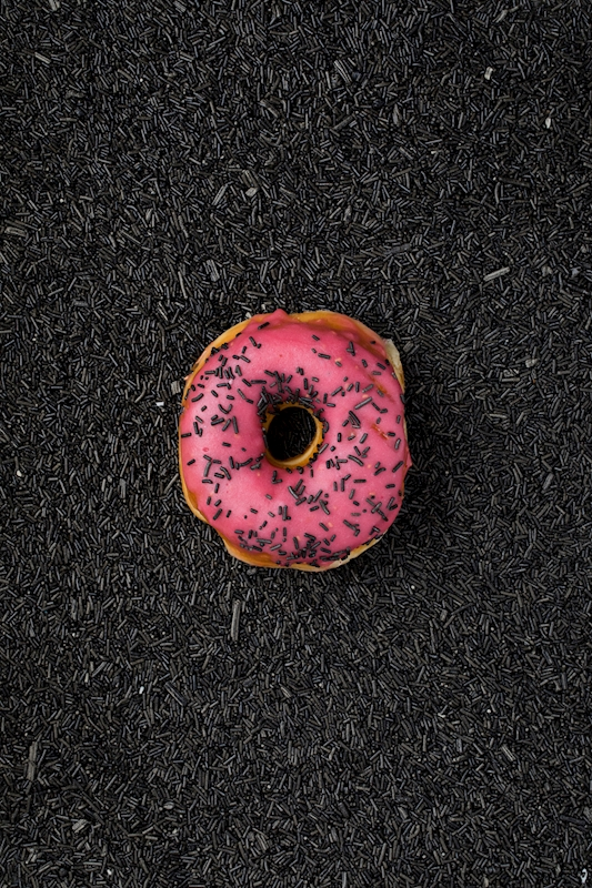 Donut heaven dark side poster av Andreas Raun