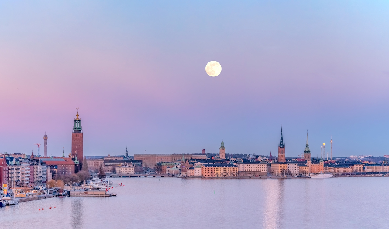 Full moon over Stockholm poster av Pelle Nordin