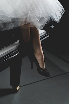 The shoe and the piano