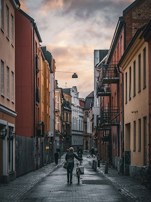 Work-bound via Hyregatan