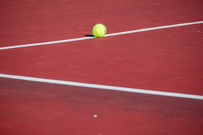 tennis on the line